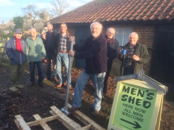 Mike demonstrating the new pallet breaker