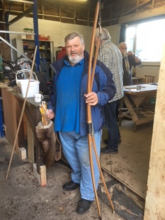 Edgar Hoddy bowmaker visits shed